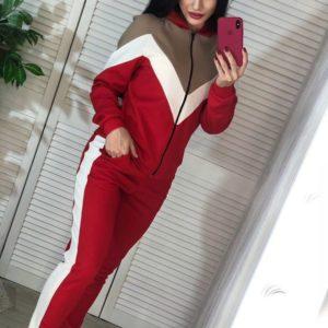 Приобрести в интернет-магазине женский костюм олимпийка трикотажный спортивный цвета красного дешево