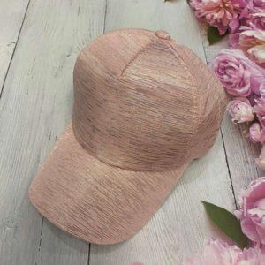 Заказать в подарок женскую кепку весеннюю из коттона бежевого цвета дешево