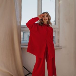 Купить дешево женский костюм из шелка: рубашка + штаны кюлоты красного цвета в подарок