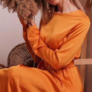 Заказать в подарок женское миди платье из нежного шелка с юбкой солнце цвета оранжевого дешево