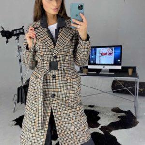 Приобрести недорого женские пальто на подкладке из твида с поясом бежевого цвета оптом Украина