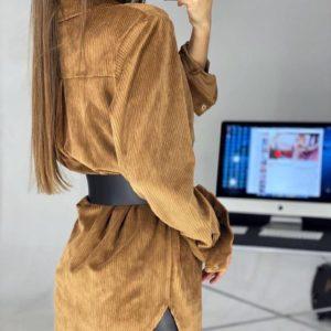 Купить дешево женское платье-рубашка вельветовое с поясом медового цвета в подарок
