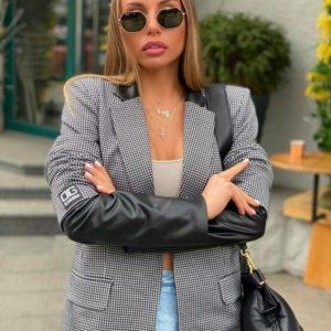 Приобрести в Украине женский серый жакет со вставками из перламутровой эко кожи (размер 40-54) недорого