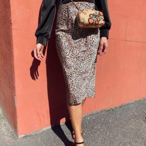Приобрести женскую юбку миди с животным принтом по выгодным ценам