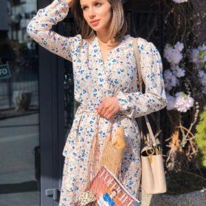 Купить в интернет-магазине женское бело-розовое воздушное платье из штапеля по доступным ценам