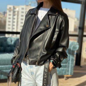 Купить женскую куртку-косуху на подкладке черную в интернет-магазине онлайн
