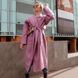 Заказать в подарок женское пальто под пояс на запах из кашемира и шерсти цвета розового недорого