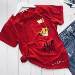 Приобрести недорого женскую футболку oversize с принтом Lion King красного цвета оптом Украина