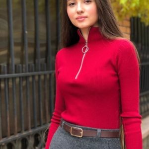 Заказать красный женский мягкий свитер на змейке недорого