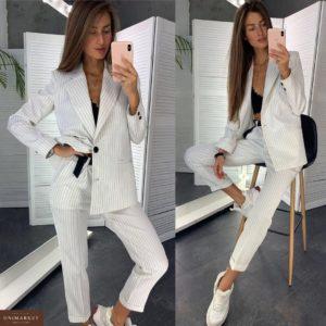 Приобрести недорого женский костюм: брюки + пиджак на подкладке белого цвета оптом Украина