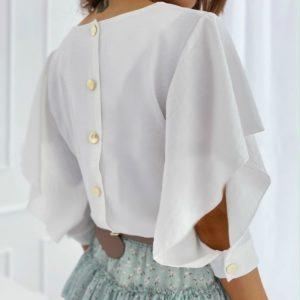 Заказать белую женскую нежную блузку-бабочку с пуговицами на спине по скидке