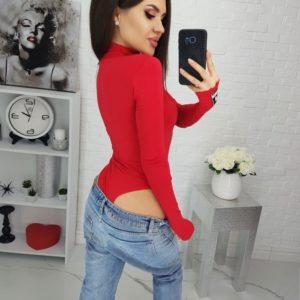 Купить красное женское боди из вискозы с длинным рукавом под шею по скидке