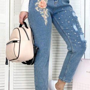 Заказать онлайн женские синие джинсы Mom с аппликацией и жемчугом в Украине