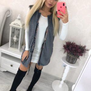 Купить онлайн со скидкой женскую серую жилетку из эко меха на завязках (размер 36-52)