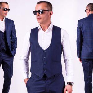 Купить мужской синий классический костюм тройка с жилеткой (размер 46-56) в Украине