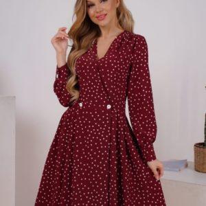 Заказать бордовое женское платье в горошек на запах с пуговицами (размер 42-48) недорого