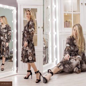 Заказать коричневое женское платье миди на запах с цветочным принтом (размер 42-48) дешево