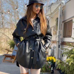 Купить черную женскую удлиненную рубашку из эко кожи с поясом недорого