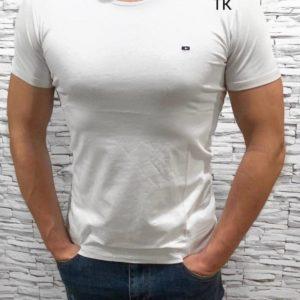 Купить по скидкам белую мужскую базовую футболку с круглым вырезом (размер 48-54)