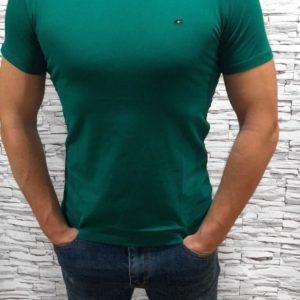 Купить зеленую мужскую базовую футболку с круглым вырезом (размер 48-54) выгодно