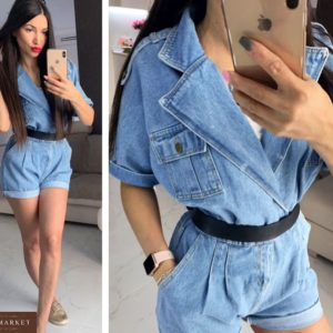 Заказать голубой женский джинсовый комбинезон с шортами на запах в интернет-магазине