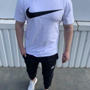 Заказать серо-белый мужской костюм Nike: футболка+штаны с эмблемой на лампасах (размер 46-54) в Украине