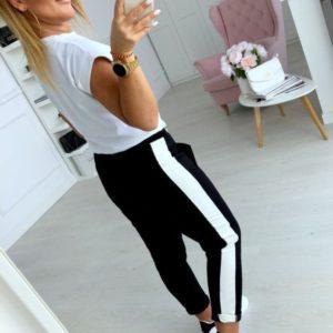 Купить женский спортивный костюм: футболка + штаны с лампасами черно-белый дешево