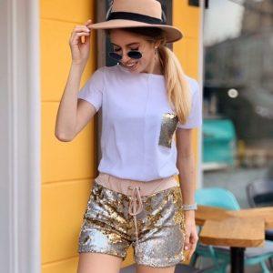 Заказать женский костюм с шортами в золотые пайетки выгодно