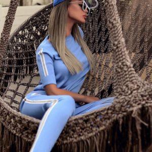 Приобрести голубой женский однотонный прогулочный костюм с лампасами (размер 42-52) дешево