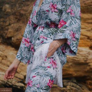Приобрести белый женский костюм с бахромой и цветочным принтом из штапеля в Киеве