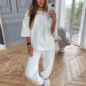 Заказать белый женский трикотажный костюм: штаны + кофта онлайн