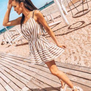 Заказать женское бежево-белое полосатое платье с воланом на завязках дешево