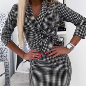 Купить женское платье в мелкую черно-белую клетку с бантом (размер 42-52) по низким ценам
