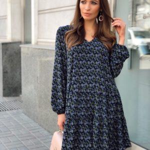 Заказать синее женское платье свободного кроя с цветочным принтом по скидке