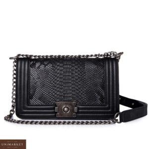 Приобрести черную женскую сумку на цепочке из эко кожи по скидке