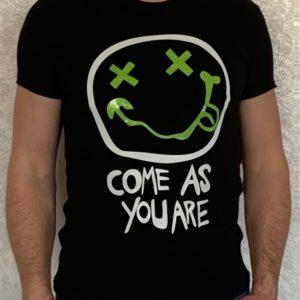 Заказать черную мужскую люминесцентную футболку со смайликом (размер 46-54) в Украине