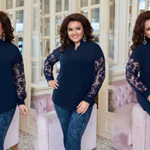 Заказать синюю женскую элегантную блузку со вставкой из флога на рукавах (размер 50-60) выгодно