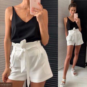 Заказать черный/белый женский летний костюм: майка и шорты с защипами онлайн