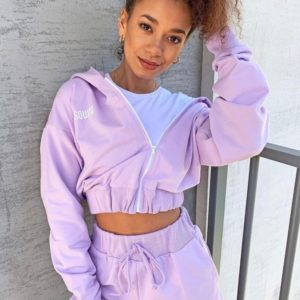 Купить сиреневый женский спортивный костюм: шорты+укороченная кофта на змейке (размер 42-56) в интернет-магазине