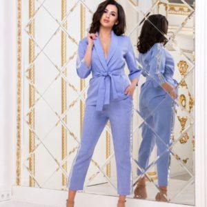 Заказать небесный женский брючный костюм с лампасами из пайеток (размер 42-48) по низким ценам