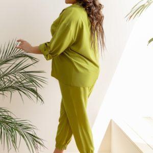 Купить салатовый женский костюм двойка: штаны на резинке и рубашка (размер 42-58) по низким ценам