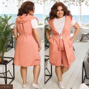 Приобрести персик женский летний костюм тройка: льняные шорты и жилетка с капюшоном+футболка (размер 48-62) выгодно