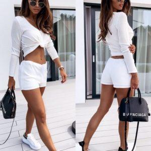 Купить белый женский трикотажный костюм: короткие шорты+кофта с длинным рукавом недорого