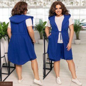 Купить синий женский летний костюм тройка: льняные шорты и жилетка с капюшоном+футболка (размер 48-62) недорого