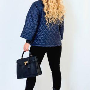 Заказать синюю женскую стеганую куртку на синтепоне со свободными рукавами (размер 50-64) хорошего качества