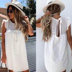 Заказать белое женское платье из прошвы прямого кроя (размер 42-54) по скидке