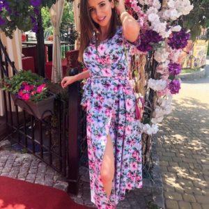 Приобрести розовое/голубое женское яркое платье на запах с цветочным принтом по скидке