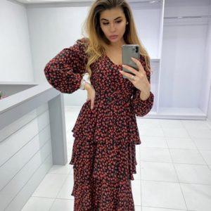 Купить красное женское платье в цветочный принт из штапеля с воланами дешево