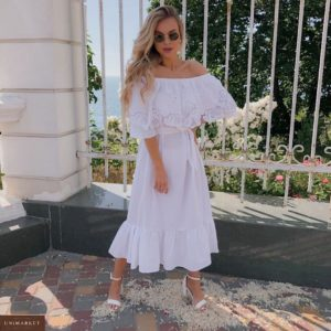 Приобрести женское длинное белое летнее платье с открытыми плечами (размер 42-52) онлайн