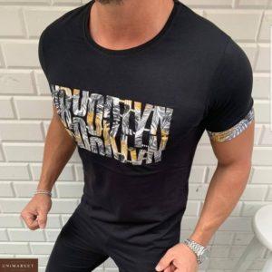 Купить мужскую черную футболку с принтованной надписью (размер 48-54) онлайн